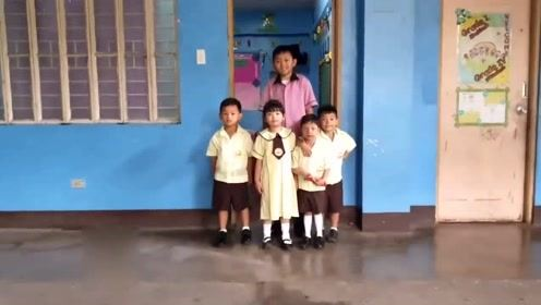菲律宾23岁老师天生童颜 常被当成小学生