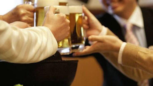 喝了啤酒之后多久才不算醉驾?为了你的交通安全,快进来看看吧!