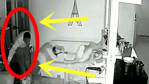 看到陌生男子偷偷进屋,女孩选择这样的方式救自己!