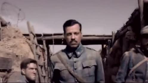 一部高分战争影片,法军奋力抵抗德军的轰击,此片精彩绝伦!