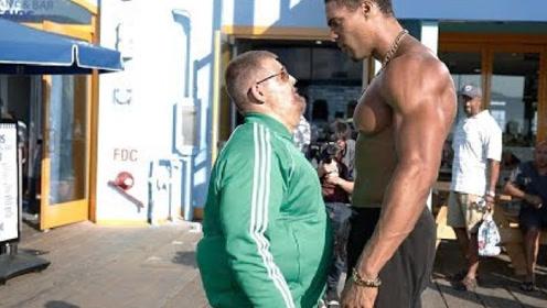 最强街头健身者伪装成大胖子,在街头狂虐肌肉男,观众都看傻眼了