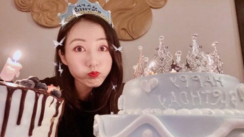 韩雪晒照庆祝出道19周年 因妆容太浓撞脸网红