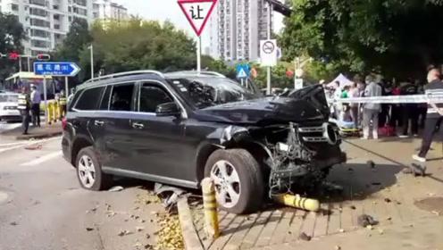 深圳一男子驾驶奔驰SUV肇事致2死1伤 交警初步排除男子酒驾嫌疑