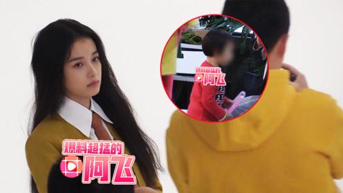孙怡拍广告玩双面造型高冷甜美一秒切换,身边萌宝疑似爱女曝光