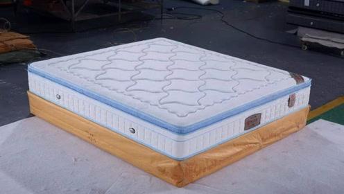 美国发明超弹床垫,能扩展15倍,躺上去连鸡蛋都压不碎