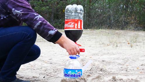 实验:可口可乐和曼妥思小苏打混合,会有什么超级现象发生