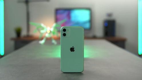 库克终于看清形式,便宜才是硬道理,iPhone11销量增长230%