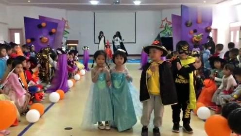 万圣节幼儿园举行走秀活动,看看那个小朋友最萌又可爱