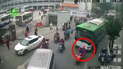 骑摩托车男子与公交车司机发生纠纷 持刀将公交司机捅伤