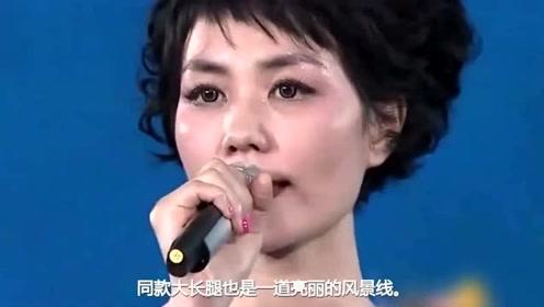 王菲亲密搂女儿出行,一路灿笑热聊,李嫣冷漠脸身高直追妈妈