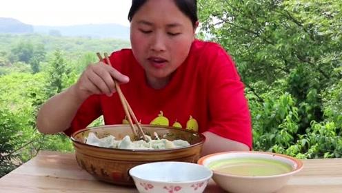 胖妹嘴馋想吃饺子,这个馅料才是最香的,胖妹一人吃了2斤!