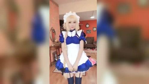 高颜值cosplay,超美的女仆装小姐姐,想带她回家!