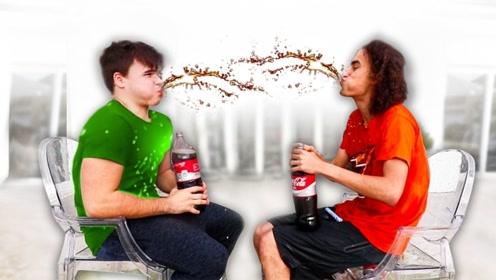 美国小伙闲着没事,在嘴里塞满曼妥思罐可乐,互相对喷玩!