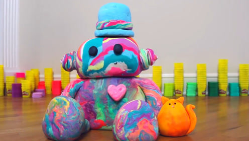 国外手工小姐姐,用200罐橡皮泥制作娃娃,成品超好看