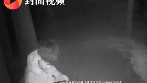 """男子千里寻初恋未果欲投湖 民警短信""""轰炸""""成功阻止"""