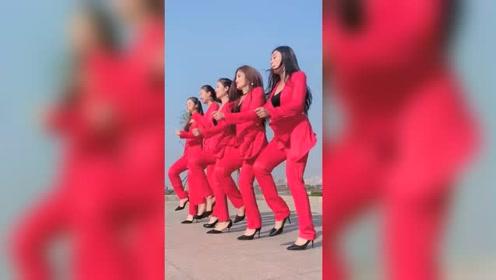 五大美女又来霸屏了,这跳舞就是修身养性啊