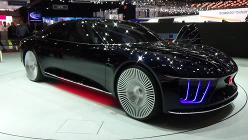 又一款新能源车火了!新车超过5米3的车身,科技感爆棚比奔驰还土豪