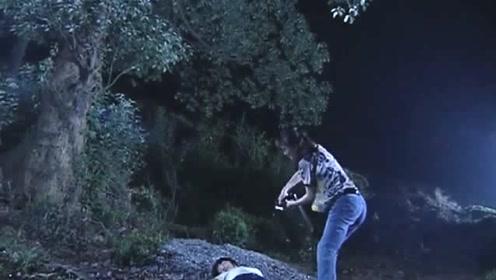 农村姑娘上了美女的当,竟被美女带到荒郊野岭,然后被杀焚尸