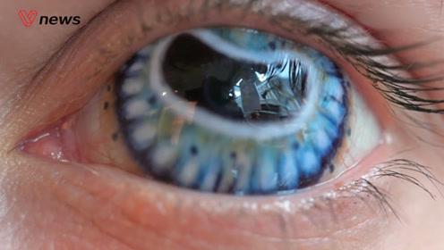 瞳孔中的魔法:隐形眼镜如何在电影中塑造角色