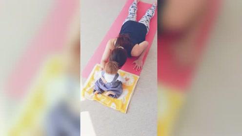 产后瑜伽:锻炼背部曲线的产后瑜伽
