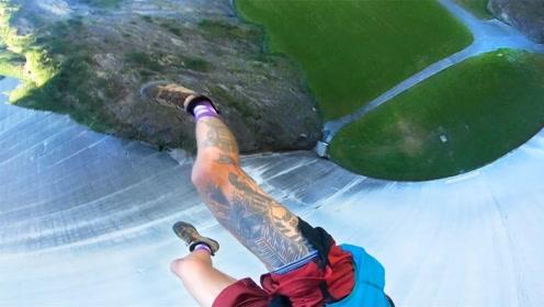 太刺激了!10层楼高的悬崖跳水,大神眼都不眨直接跳!