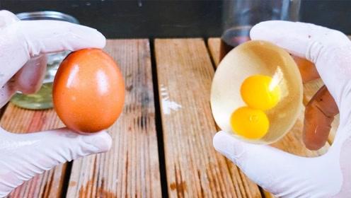 如何完美去除鸡蛋壳?网友:这肯定是一颗没有灵魂的鸡蛋!