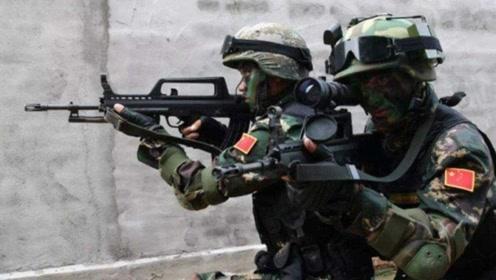 中国武术只是花架子?外军特种兵不服气,挑战中国军人被一招打晕