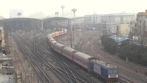 """中国最""""发达""""火车站,可直达任何省会城市,车站服务相当周到!"""