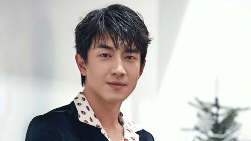 他吻遍大半个娱乐圈女星,跟赵丽颖拍吻戏时却因害羞逃离现场