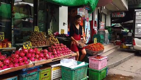 """泰国商场的""""中文标示"""",有的游客看了勃然大怒,有的却喜笑颜开"""