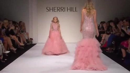 粉嫩的可拆卸礼裙,完美展现迷人风采,少女心十足