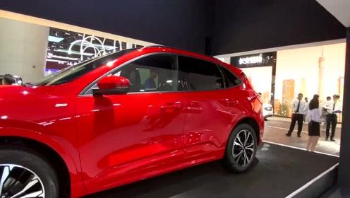 车展实际体验福特锐际、丰田荣放、本田CR-V后排空间