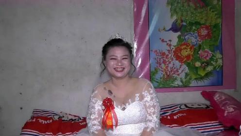 湖北33岁姑娘第一次结婚,新郎是个21岁小伙,猜猜为什么娶她