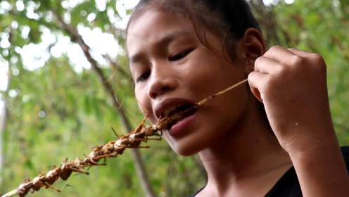 战斗民族遇到对手了?蝗虫泛滥成灾,中国吃货:咱能吃到它灭绝!