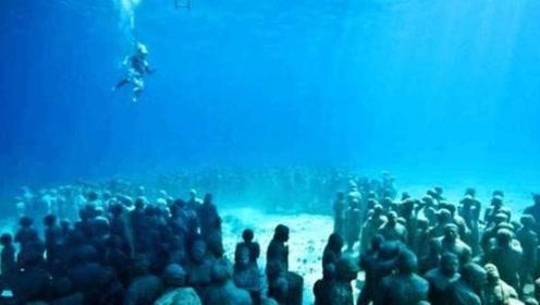 男子潜水时意外找到一群白人,吓得他赶紧离开报警,原来是虚惊一场