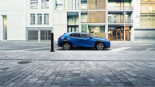全新雷克萨斯纯电动UX 300e于广州车展全球首发
