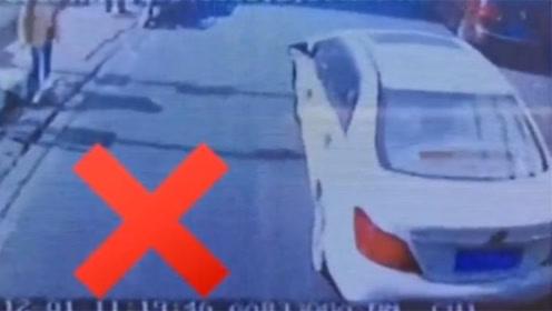 多次鸣笛不礼让!私家车阻挡消防车1分16秒