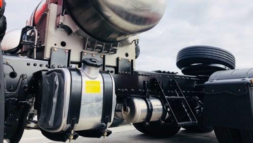 解放JH6 LNG重卡自带柴暖油箱,不存在违法改装,卡友:太贴心了