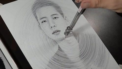 """艺术生用""""圆规""""作画,成品一出,你能猜到这是谁吗?"""