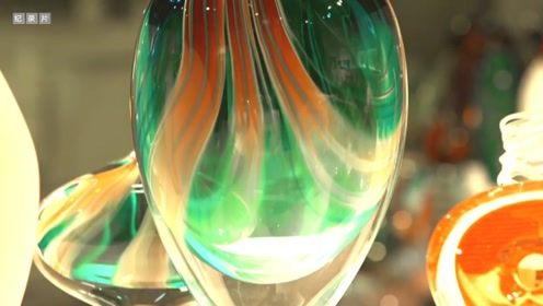 原来玻璃花瓶是这样吹出来的!感觉过程也好美!