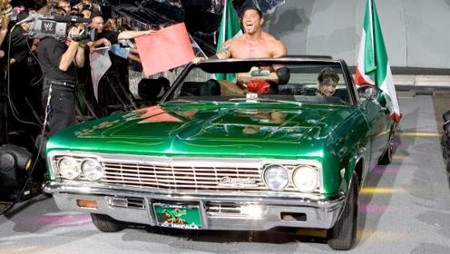 连出个场都壕气侧漏!盘点WWE史上炫酷座驾开道的拉风明星亮相