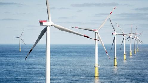 为什么风力发电机只有三个叶片?藏了什么秘密,看完恍然大悟!