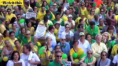巴西圣保罗举办抗议集会 反对提前释放前总统卢拉