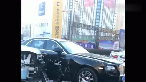 长春市一辆福特SUV与劳斯莱斯相撞,发生事故,大家对此怎么看?