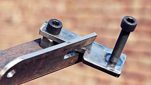 老外用旧铁片改造,有人知道这是什么吗?能猜的对算我输!
