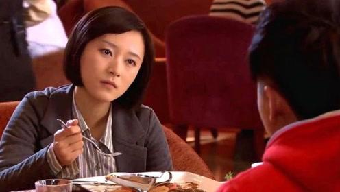 小伙请美女吃饭不花钱,美女不相信,原来整个餐厅都是小伙家里的!