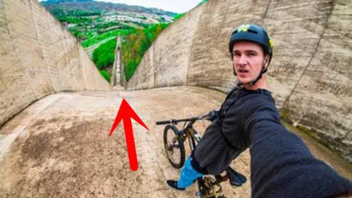 200米长的坡道,牛人骑自行车速降下去,过程太刺激了!