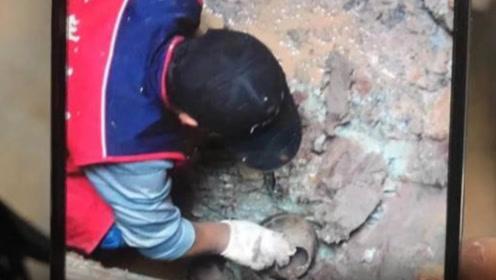 广州一居民楼加装电梯时,意外发现汉代古墓,还有胡人俑现身