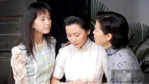 刘诗诗大学时的演出照曝光,皮肤好头和脸超小