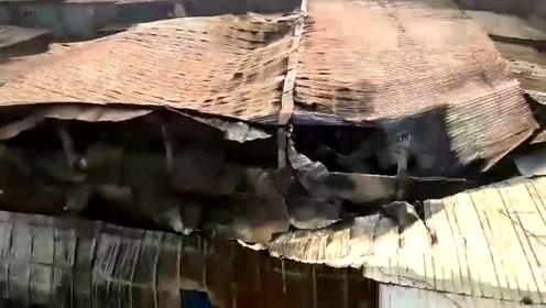 孟加拉国首都市郊一家塑料工厂起火 造成8死24伤